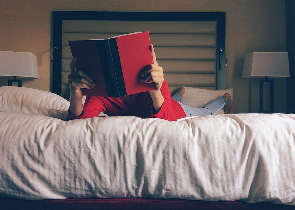 Чтобы правильно выспаться, создайте вечерний ритуал