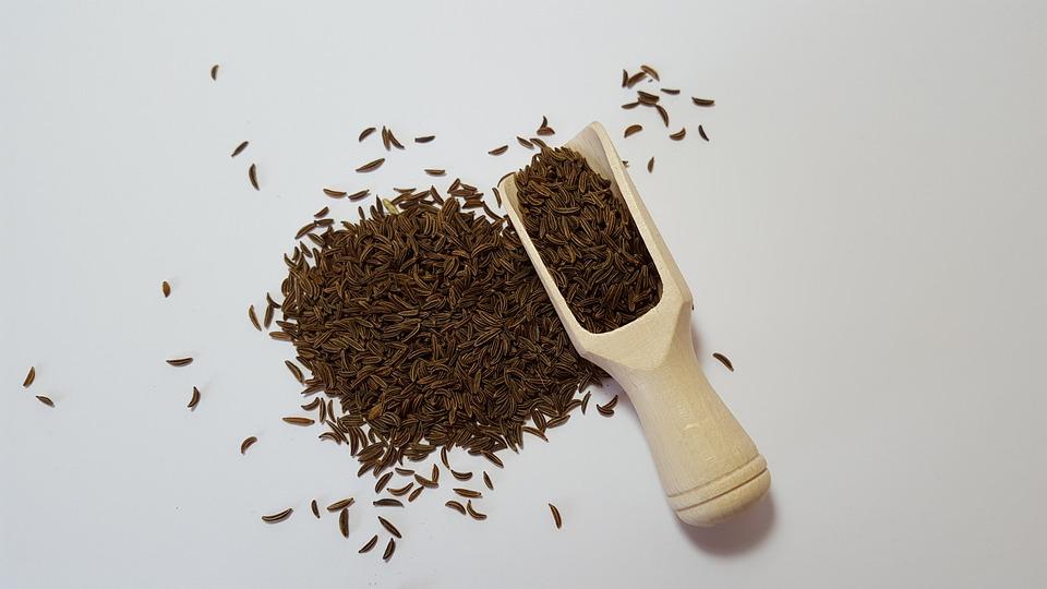 Польза семян черного тмина: 8 впечатляющих преимуществ для здоровья