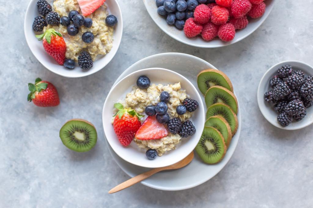 Чем перекусить на ночь: существует множество здоровых вариантов