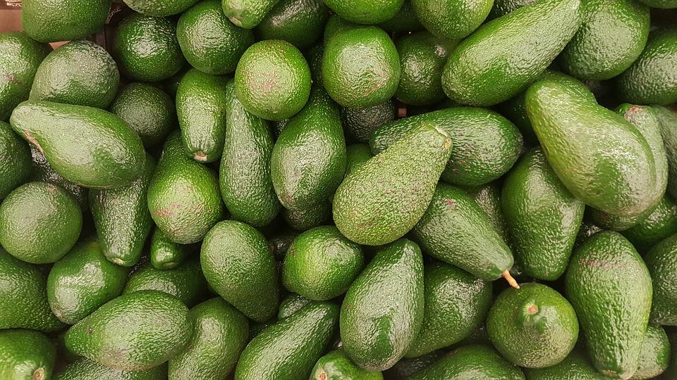 Маска для лица с яичным белком и авокадо для сухой кожи