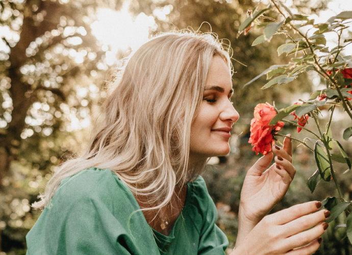 Масло розы для женщин